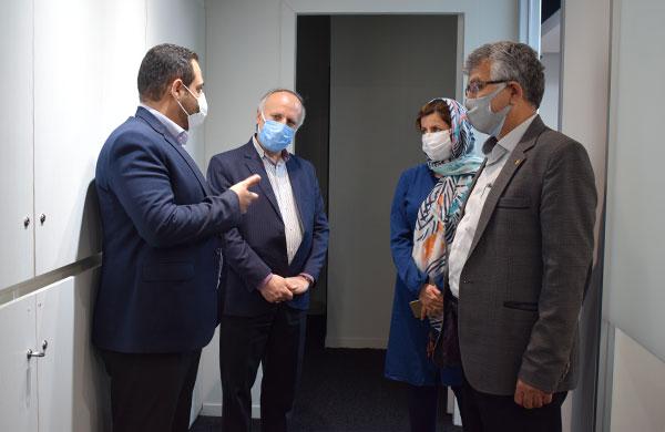 بازدید نماینده مجلس از ایستگاه نوآوری شریف