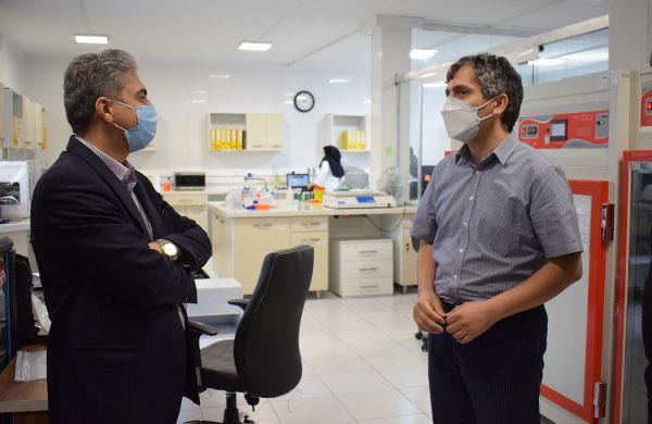 بازدید-معاون-فناوری-وزیر-بهداشت از نیوان فارمد سلامت